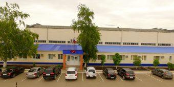 Центральный вход в ООО «НТЦ Геотехнокин» г.Бузулук